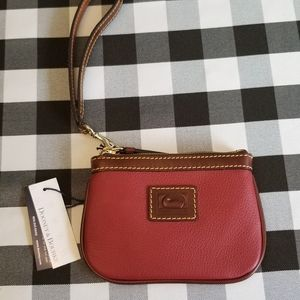 Dooney & Bourke Belvedere Medium Wristlet